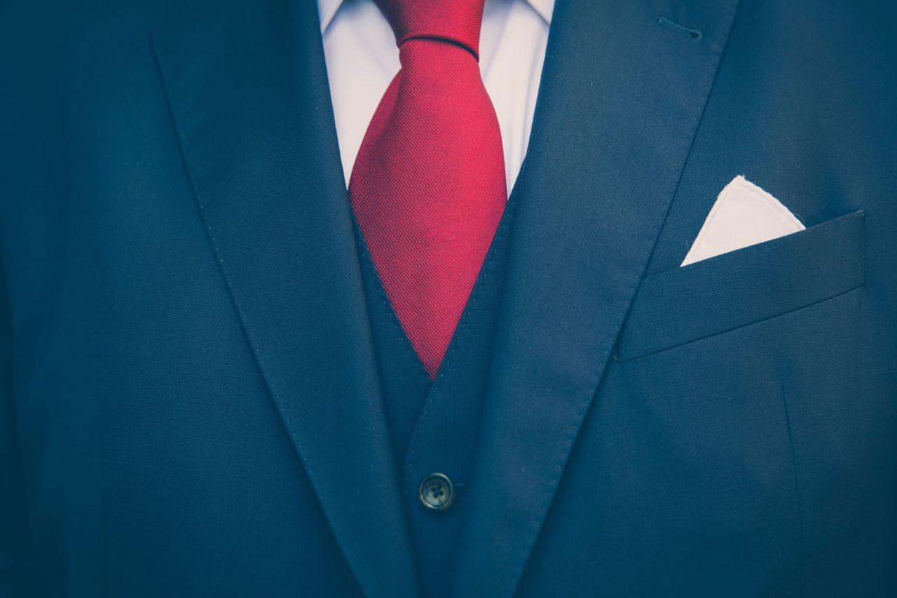 Origen e historia de la corbata